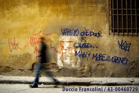 Walking in the city -  Duccio Francolini